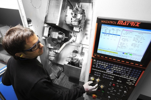 Machining of complex parts